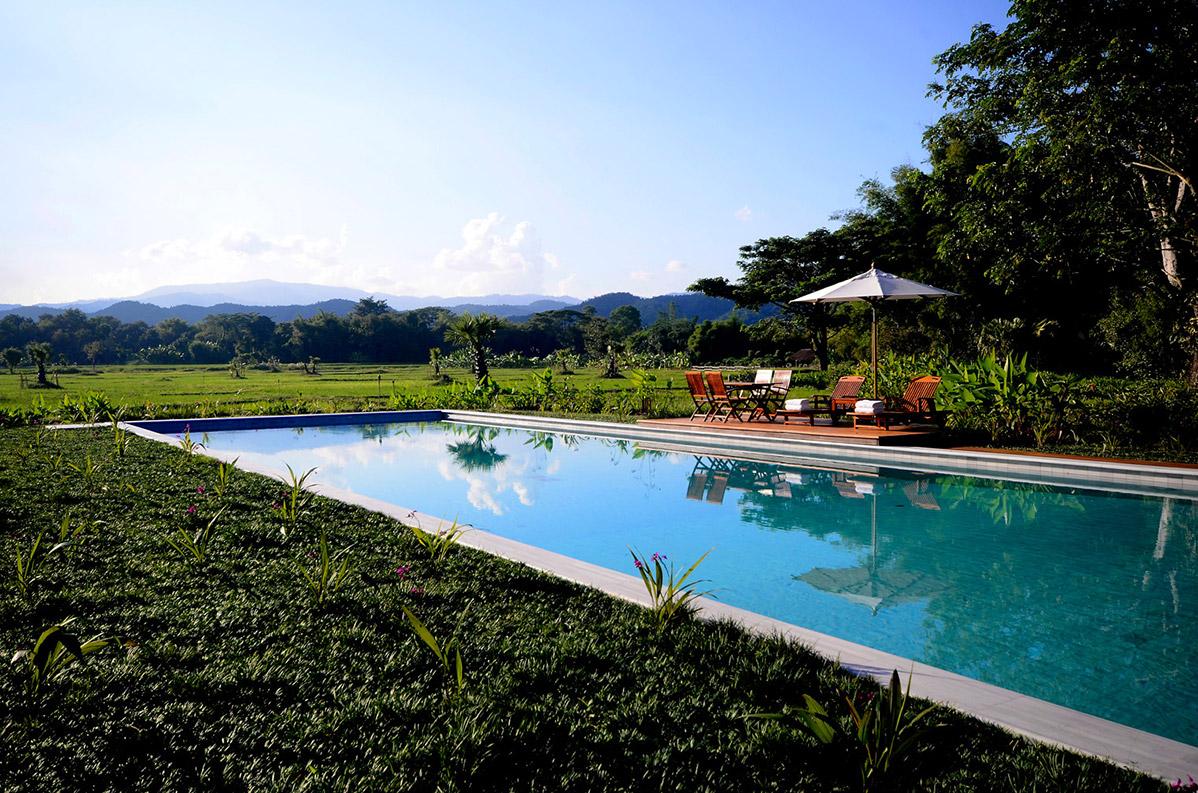 Pool_khum_sak_tong